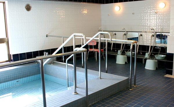 広々とした大浴室は、レモン湯やショウブ湯など『お風呂の日』をお楽しみいただけます。