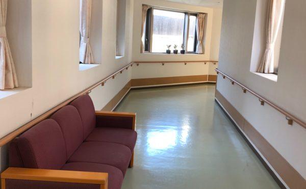 リハビリとして歩行するのに最適な廊下です。